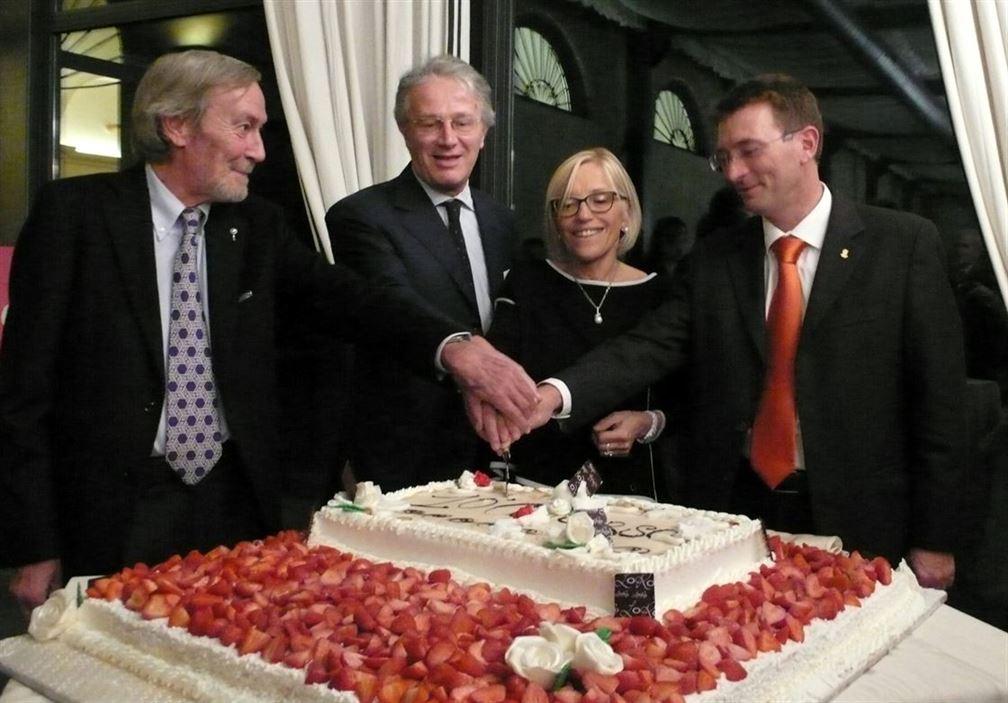 10ème anniversaire mérite un beau gâteau...