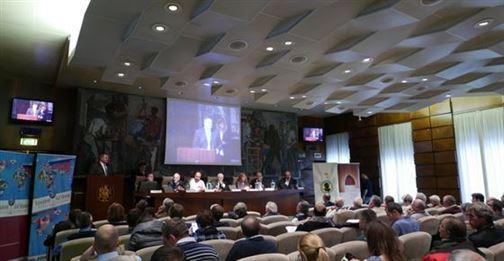 Chaque année un séminaire scientifique cloture le concours, cette année c'était le vif débat et des réflexions sur l'avenir de la viticulture et d'oenologie